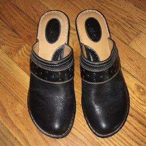 BOC Black Leather Studded Mule Clogs Sz 11